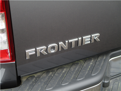 2018 Frontier Crew Cab, Pickup #8N0122 - photo 10
