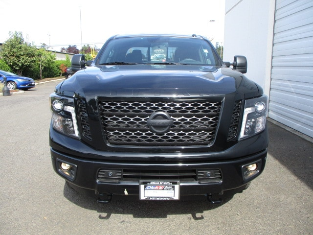 2018 Titan Crew Cab,  Pickup #8N0160 - photo 4
