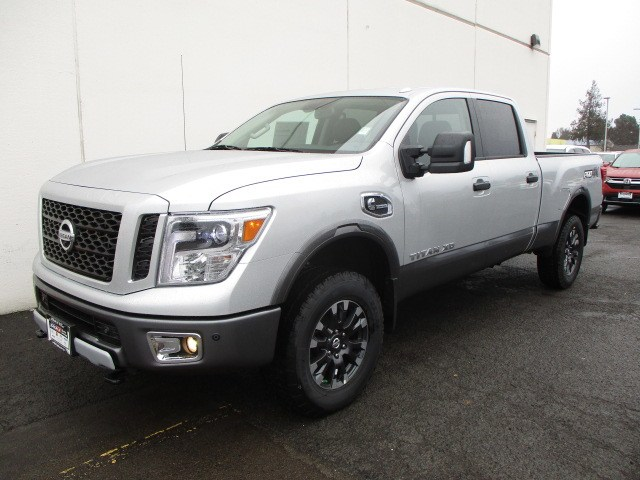2019 Titan XD Crew Cab,  Pickup #9N0003 - photo 5