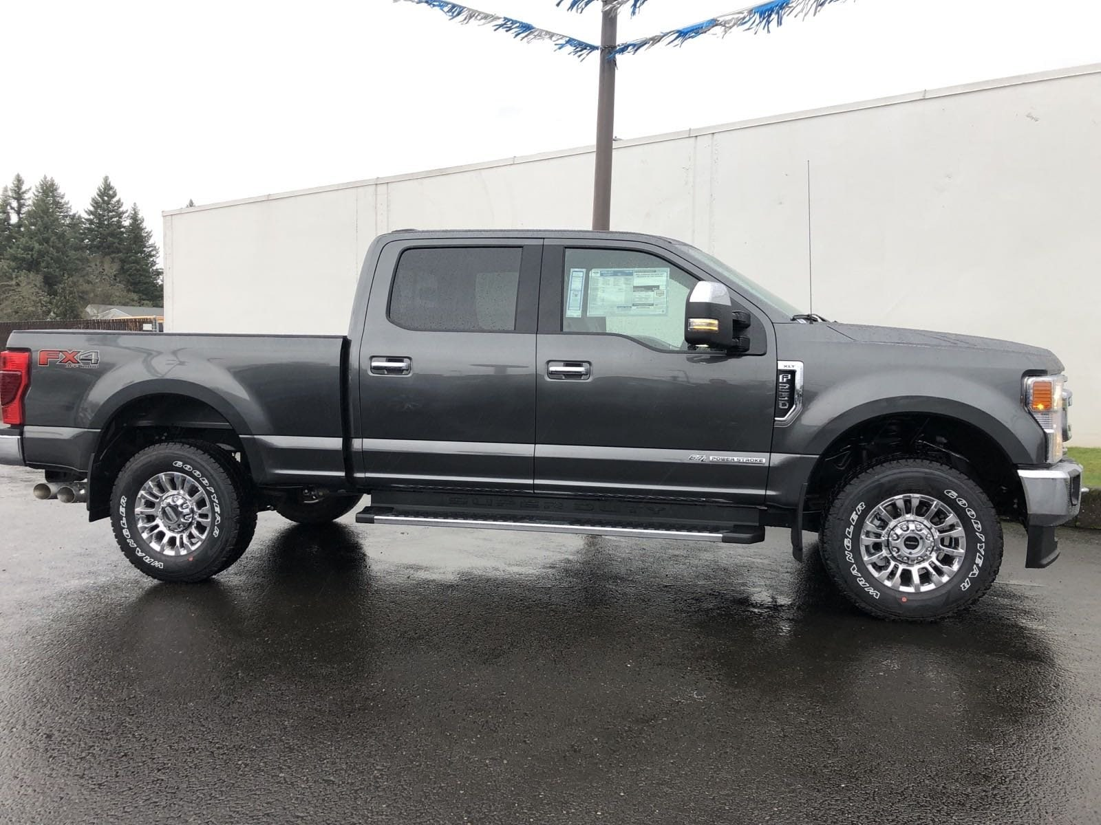 2020 F-250 Crew Cab 4x4, Pickup #209343 - photo 3
