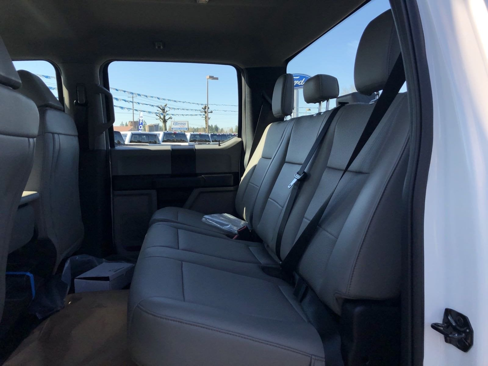 2020 F-550 Crew Cab DRW 4x4, Cab Chassis #209357 - photo 10