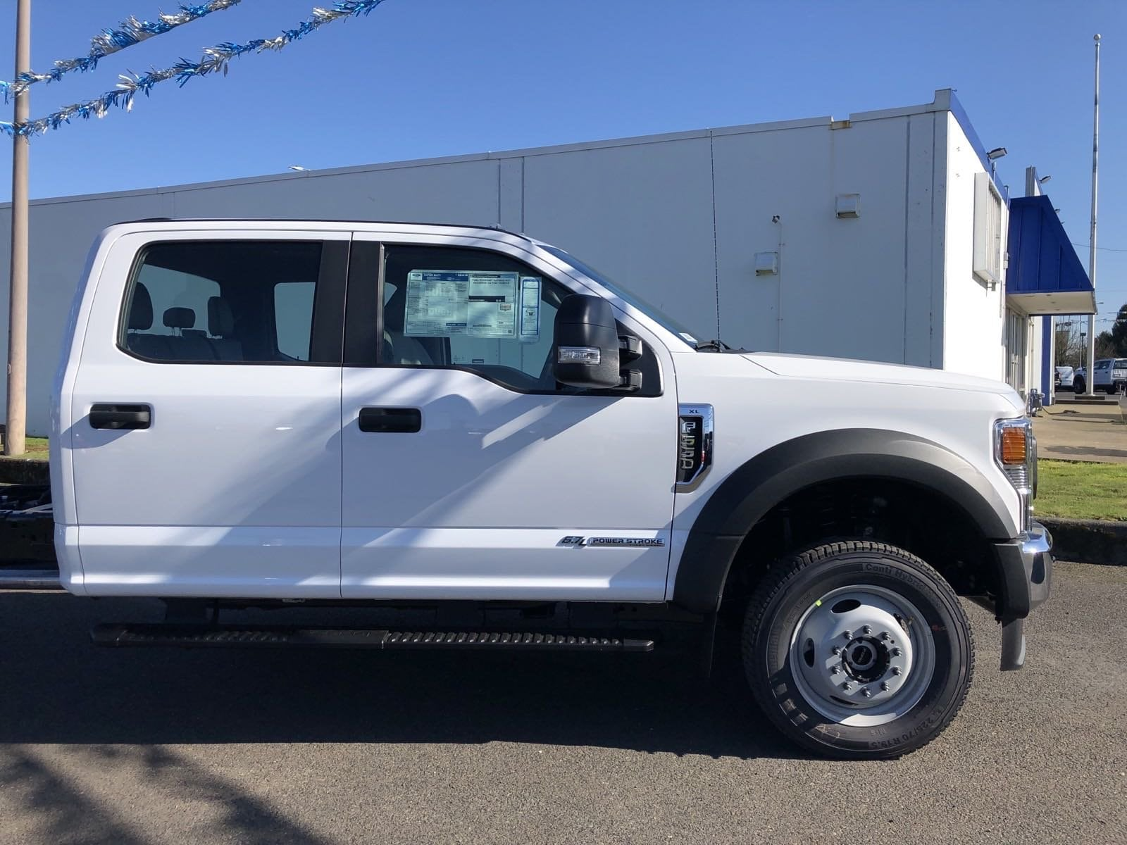 2020 F-550 Crew Cab DRW 4x4, Cab Chassis #209357 - photo 4