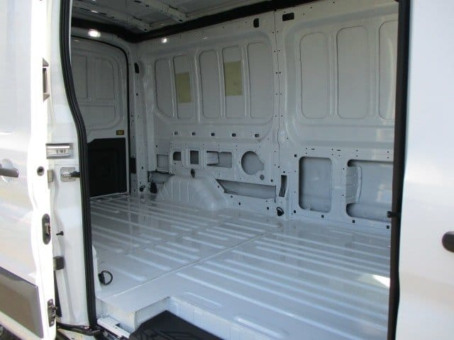 2018 Transit 250 Med Roof 4x2,  Empty Cargo Van #288313 - photo 19