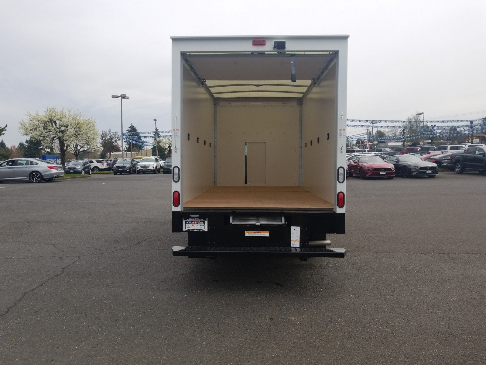 2018 Transit 350 HD DRW 4x2,  Morgan Cutaway Van #288341 - photo 5