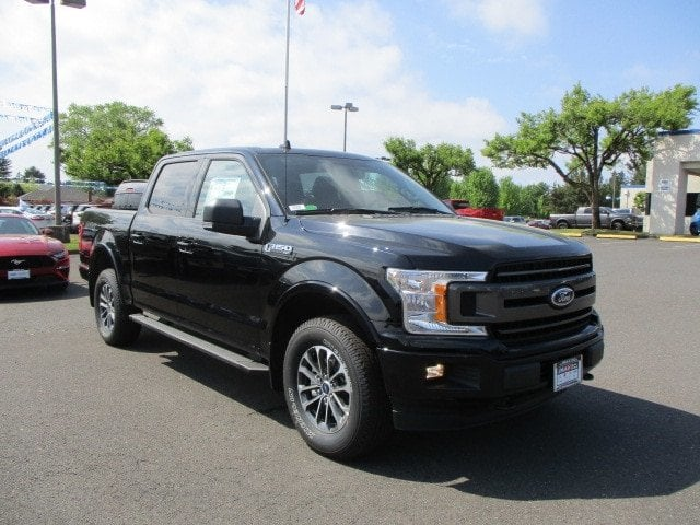 2018 F-150 SuperCrew Cab 4x4,  Pickup #289680 - photo 2