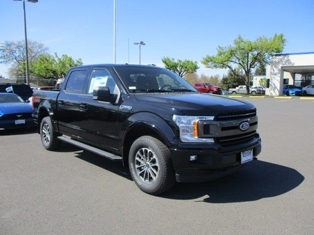 2018 F-150 SuperCrew Cab 4x4,  Pickup #289703T - photo 2