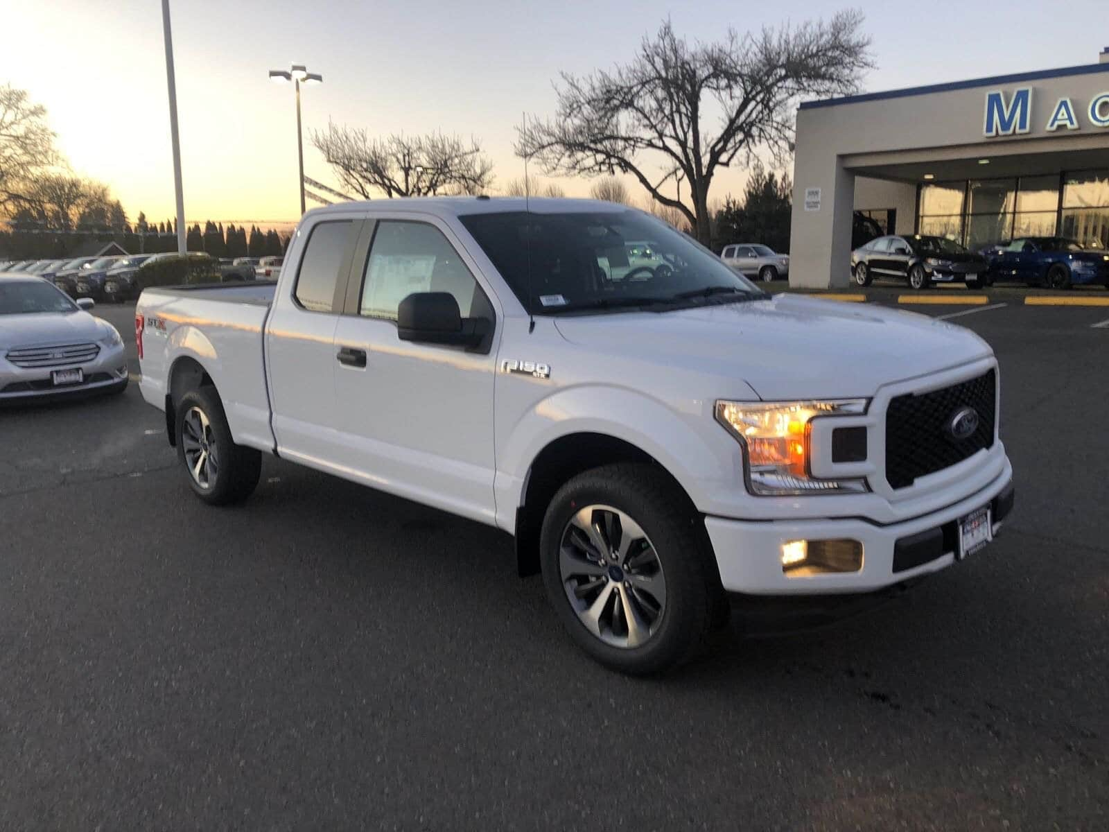 2019 F-150 Super Cab 4x4,  Pickup #299588 - photo 1