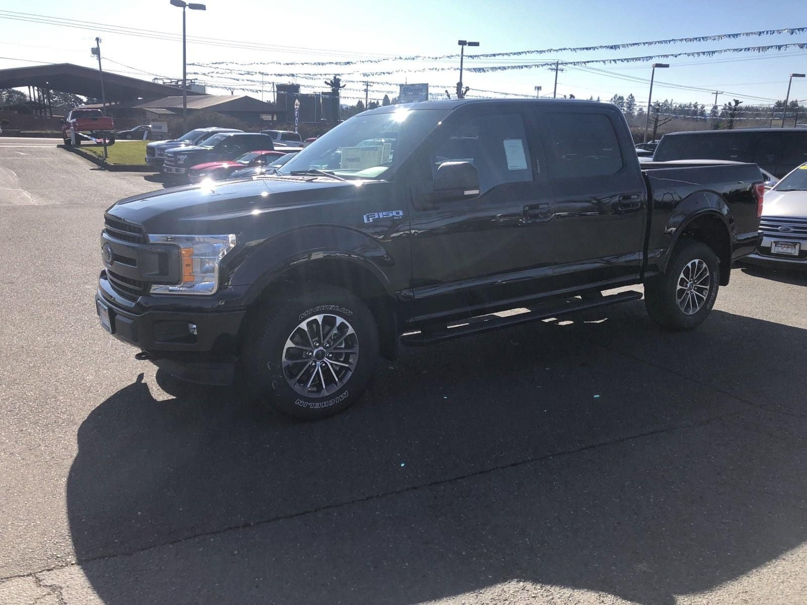 2019 F-150 SuperCrew Cab 4x4,  Pickup #299596 - photo 10