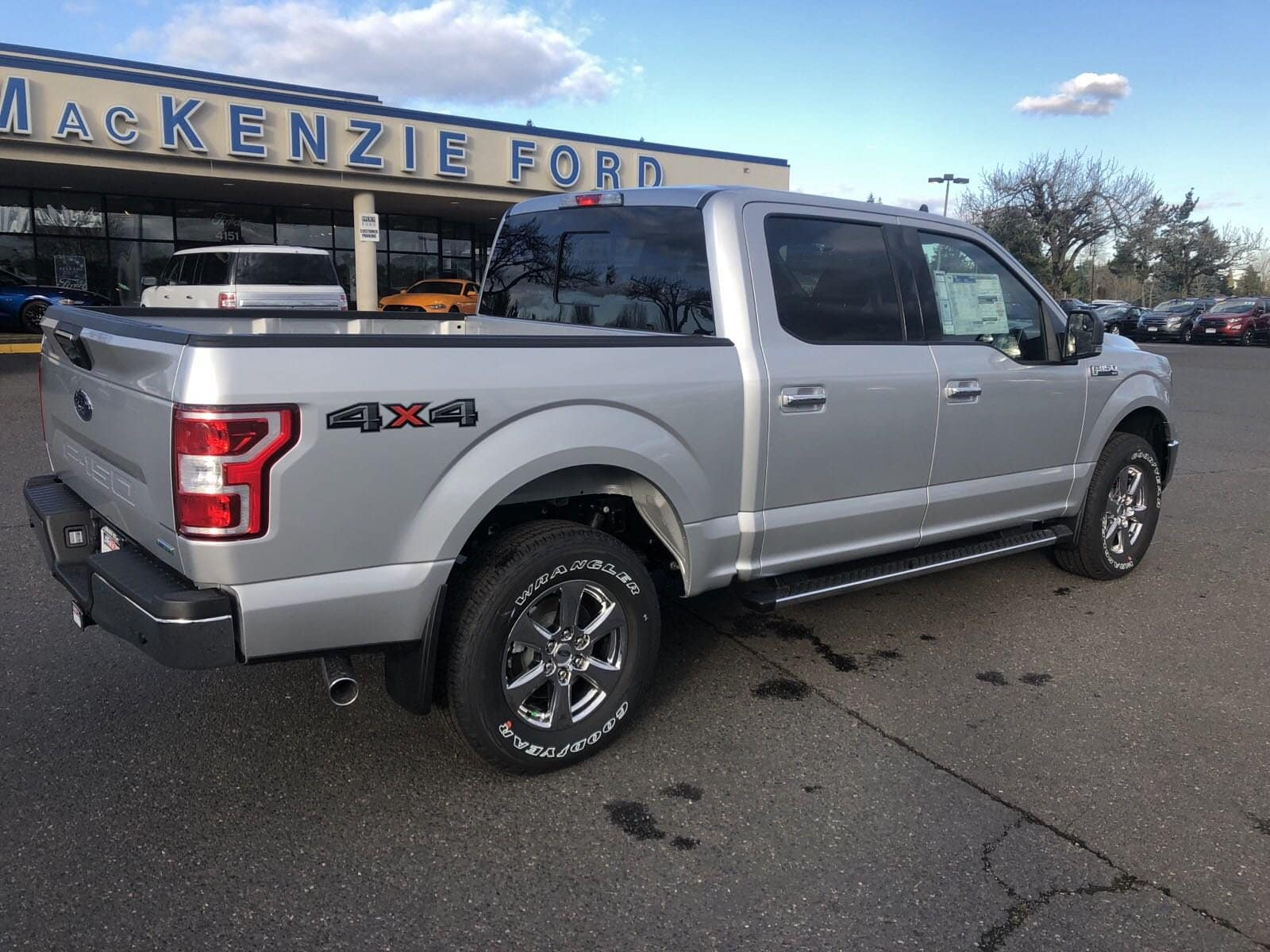 2019 F-150 SuperCrew Cab 4x4,  Pickup #299610 - photo 2