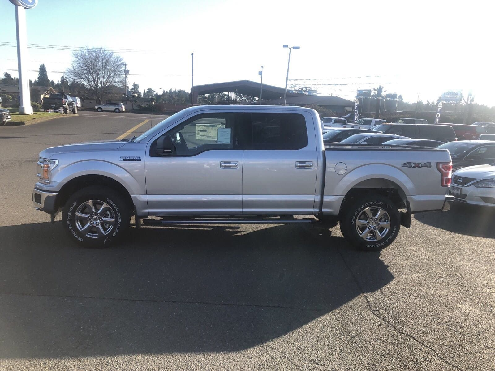 2019 F-150 SuperCrew Cab 4x4,  Pickup #299611 - photo 3