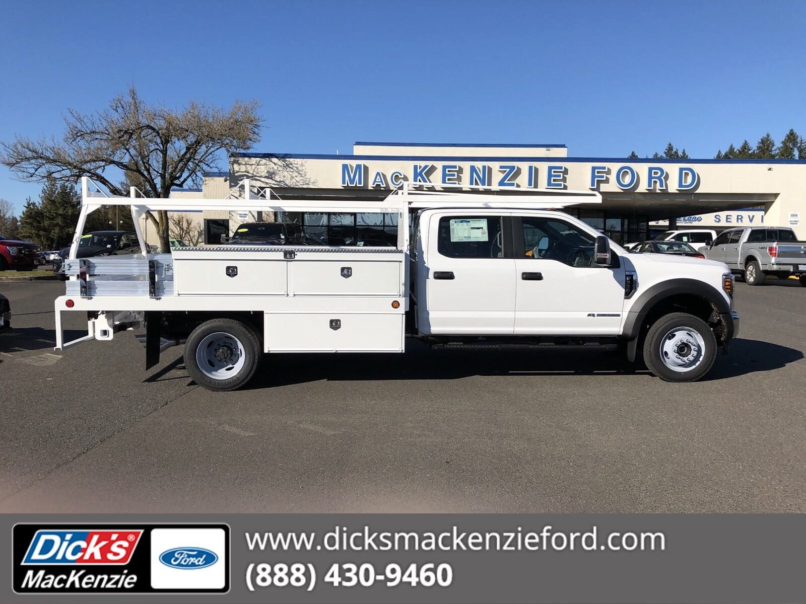 2019 F-550 Crew Cab DRW 4x4,  Scelzi Contractor Body #299650 - photo 1