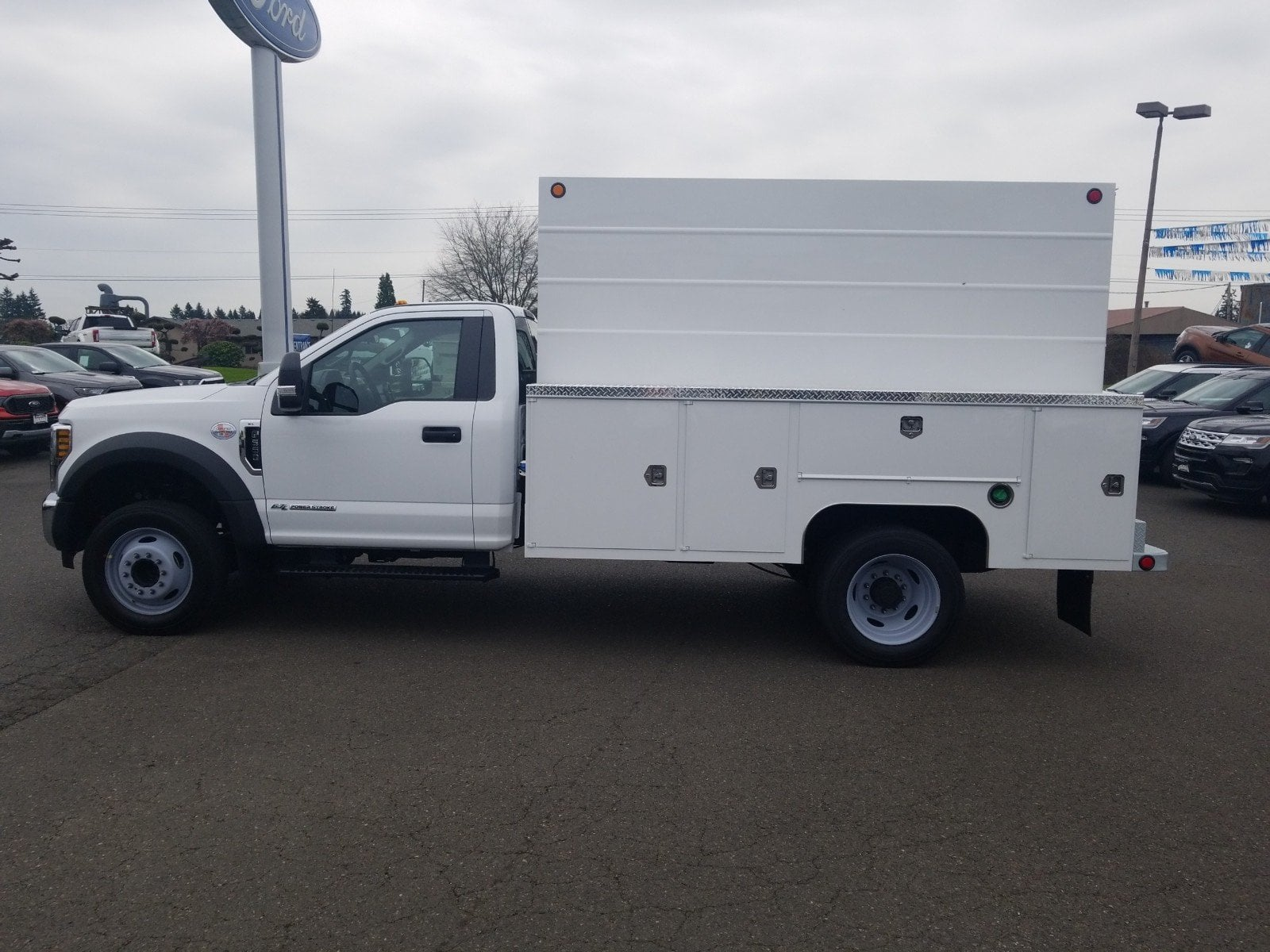2019 F-550 Regular Cab DRW 4x2,  Scelzi Service Body #299674 - photo 4