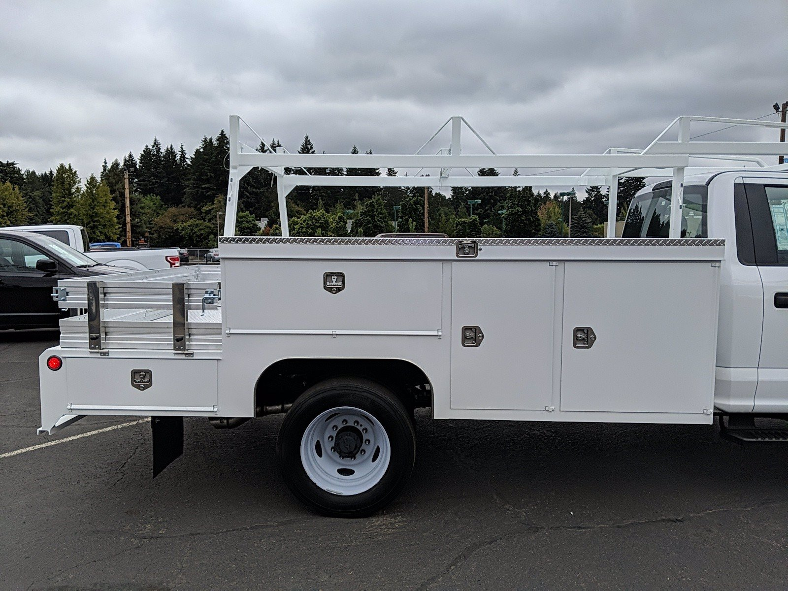 2019 Ford F-550 Regular Cab DRW 4x2, Scelzi Combo Body #299674 - photo 1