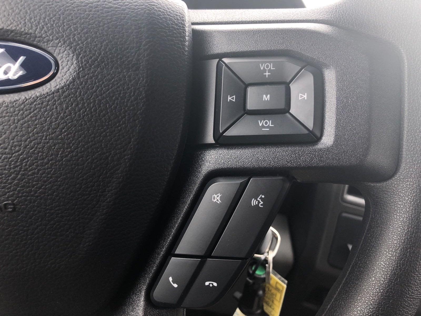 2019 F-550 Super Cab DRW 4x4, Contractor Body #299961 - photo 19
