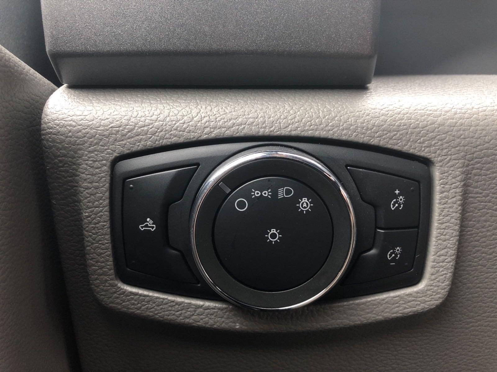 2019 F-550 Super Cab DRW 4x4, Contractor Body #299961 - photo 25