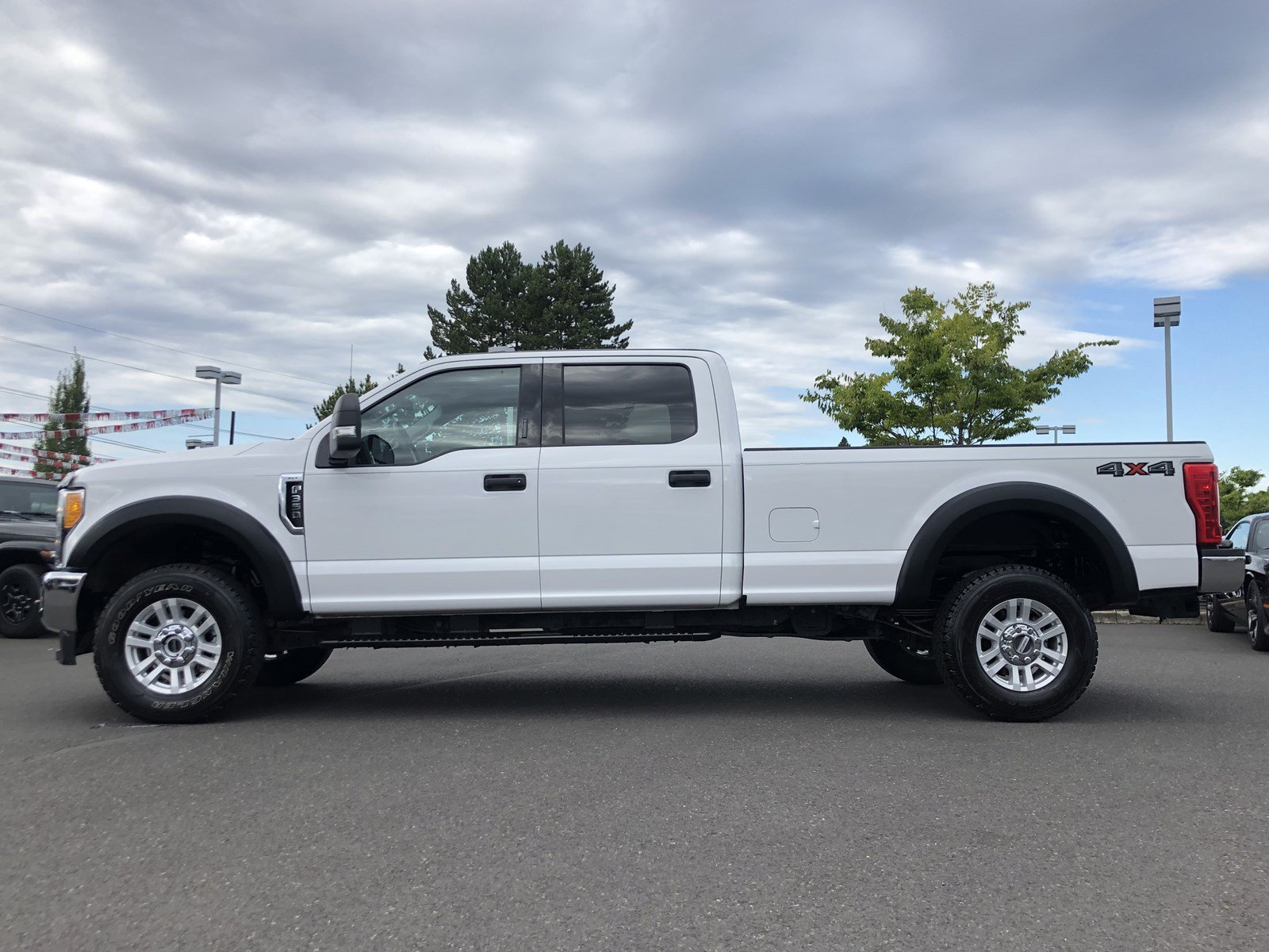 2017 F-350 Crew Cab 4x4, Pickup #P13453 - photo 6