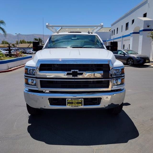 2021 Silverado Medium Duty Crew Cab DRW 4x2,  Knapheide Contractor Body #21420 - photo 3