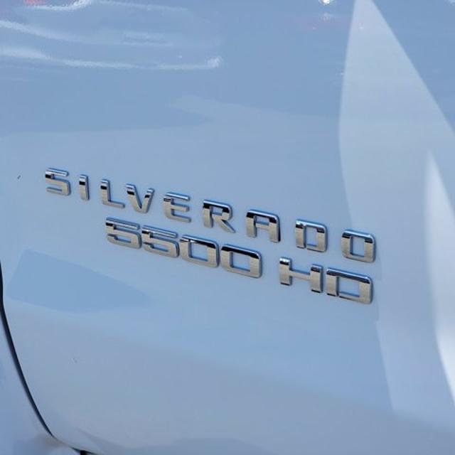 2021 Silverado Medium Duty Crew Cab DRW 4x2,  Knapheide Contractor Body #21420 - photo 7