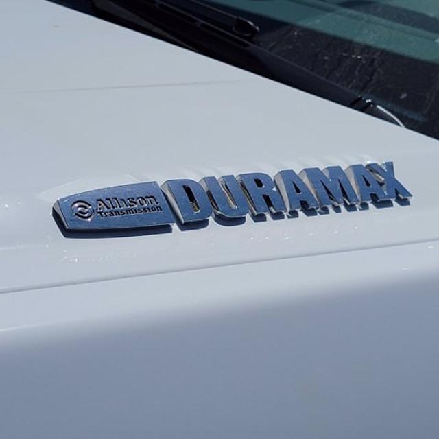 2021 Silverado Medium Duty Crew Cab DRW 4x2,  Knapheide Contractor Body #21420 - photo 9