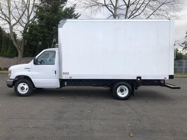 2019 Ford E-350 RWD, Supreme Iner-City Cutaway Van #19F1190 - photo 3