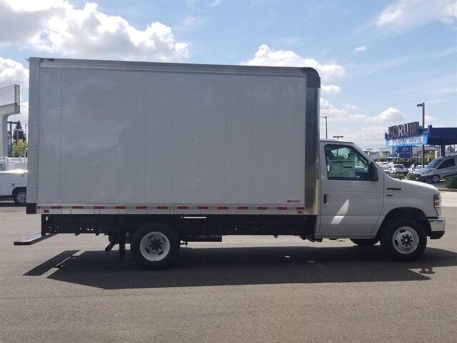 2019 E-350 4x2,  Morgan Parcel Aluminum Cutaway Van #19F414 - photo 7