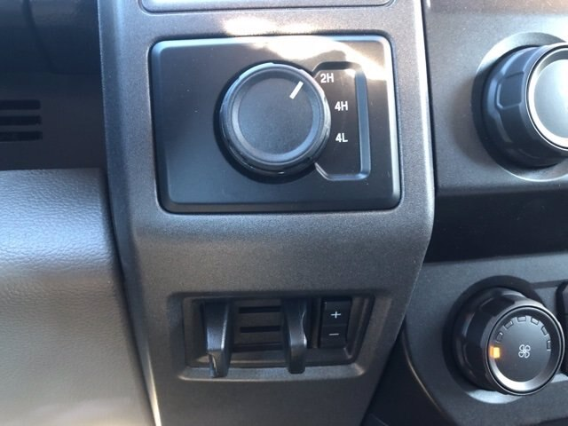 2020 Ford F-350 Regular Cab DRW 4x4, Platform Body #20F849 - photo 13