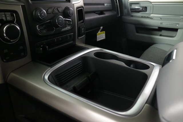 2018 Ram 1500 Crew Cab 4x4, Pickup #DT2416 - photo 20