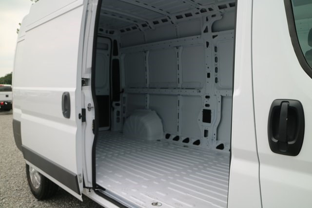 2017 ProMaster 2500 High Roof, Cargo Van #N48726 - photo 22