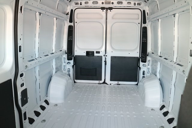2017 ProMaster 2500 High Roof, Cargo Van #N48727 - photo 9