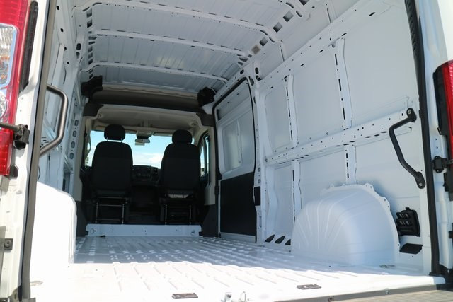 2017 ProMaster 2500 High Roof, Cargo Van #N48728 - photo 4