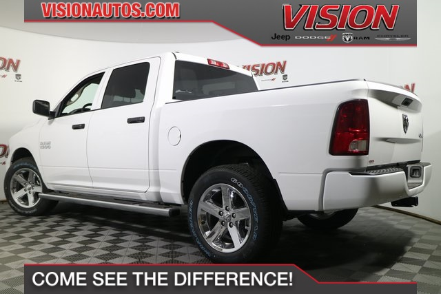 2017 Ram 1500 Crew Cab 4x4, Pickup #N51323 - photo 2
