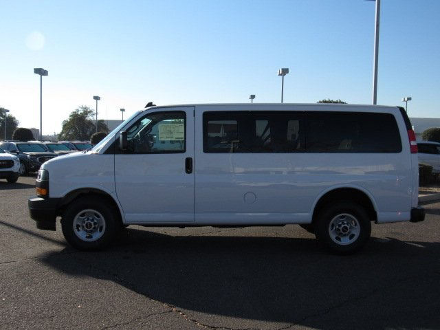 2018 Savana 2500, Passenger Wagon #18229 - photo 19