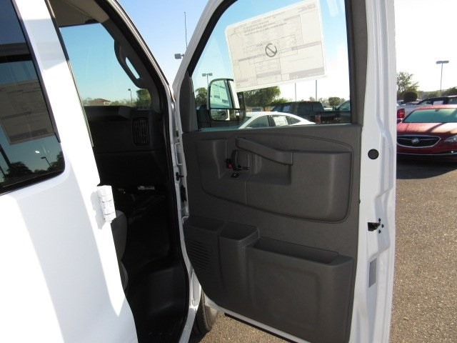 2018 Savana 2500, Passenger Wagon #18229 - photo 26