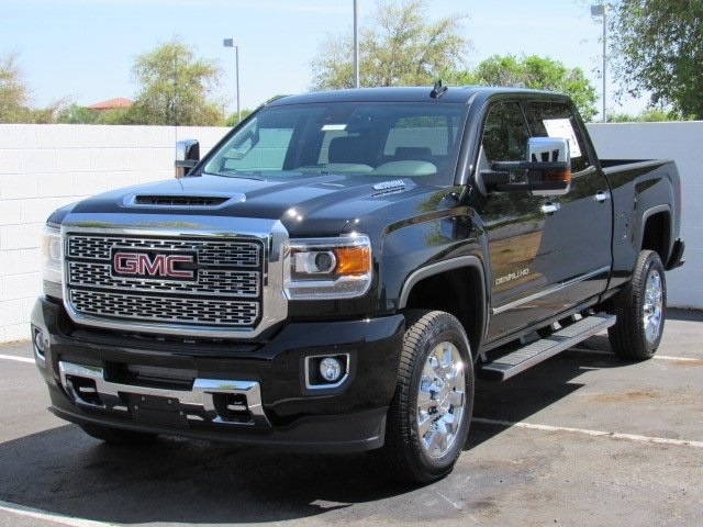 2018 Sierra 2500 Crew Cab 4x4, Pickup #D18385 - photo 4