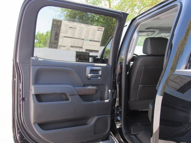2018 Sierra 2500 Crew Cab 4x4, Pickup #D18385 - photo 37