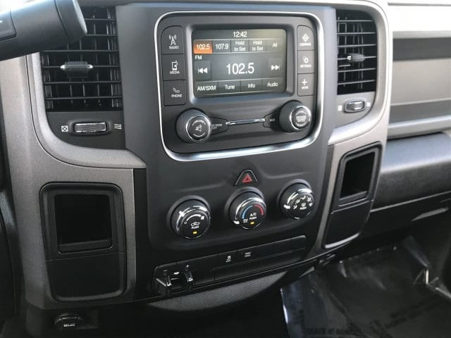 2018 Ram 2500 Crew Cab 4x2,  Pickup #JG377127 - photo 10