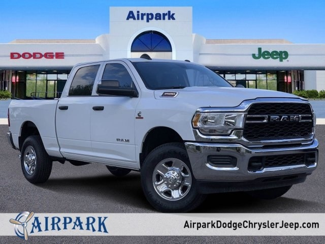 2019 Ram 3500 Crew Cab 4x4, Pickup #KG582343 - photo 1