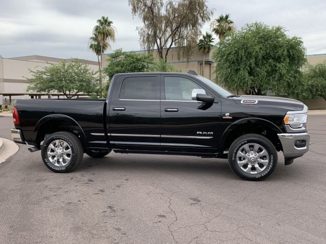 2019 Ram 2500 Crew Cab 4x4, Pickup #KG582933 - photo 3