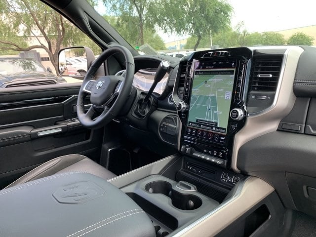 2019 Ram 2500 Crew Cab 4x4, Pickup #KG590859 - photo 13