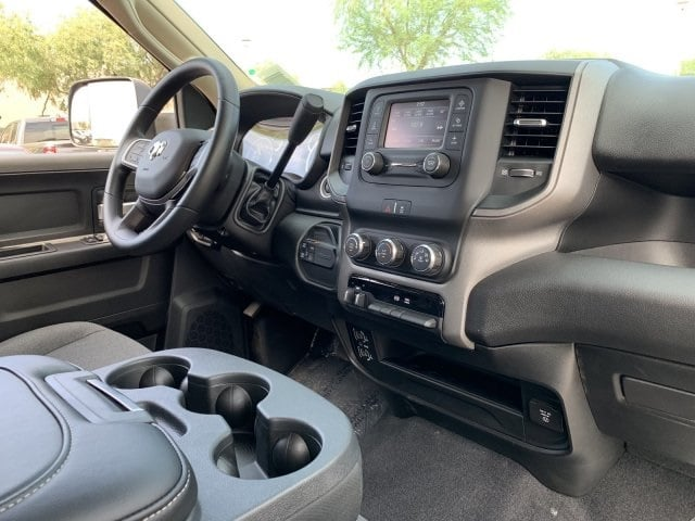 2019 Ram 2500 Crew Cab 4x4, Pickup #KG599003 - photo 9