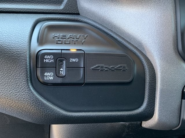 2019 Ram 3500 Crew Cab 4x4, Pickup #KG622602 - photo 18