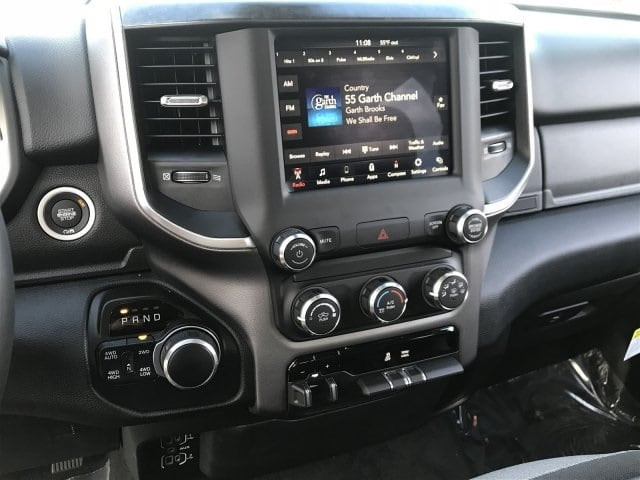 2019 Ram 1500 Crew Cab 4x4,  Pickup #KN698524 - photo 10