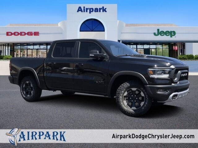 2019 Ram 1500 Crew Cab 4x4,  Pickup #KN760268 - photo 1