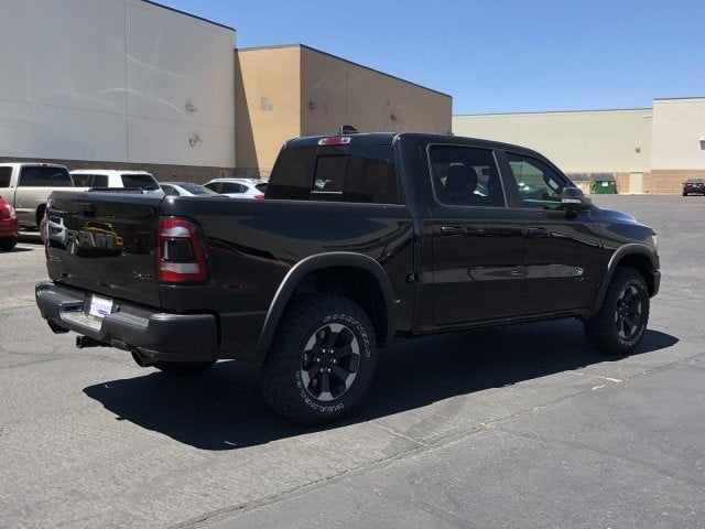 2019 Ram 1500 Crew Cab 4x4,  Pickup #KN760268 - photo 2
