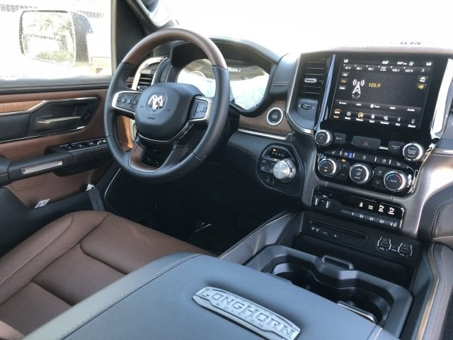 2019 Ram 1500 Crew Cab 4x4,  Pickup #KN796302 - photo 9