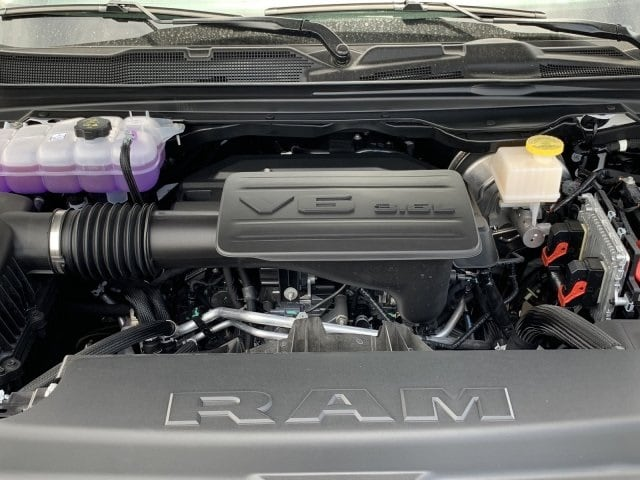 2019 Ram 1500 Crew Cab 4x2,  Pickup #KN798090 - photo 10