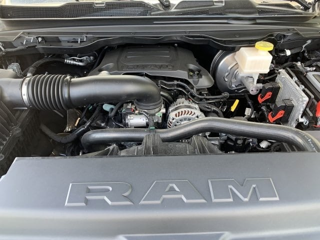 2019 Ram 1500 Crew Cab 4x2,  Pickup #KN828332 - photo 10