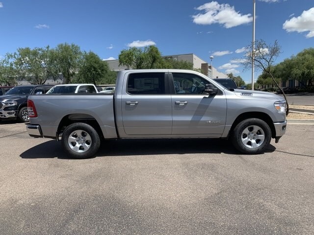 2019 Ram 1500 Crew Cab 4x2,  Pickup #KN828332 - photo 3
