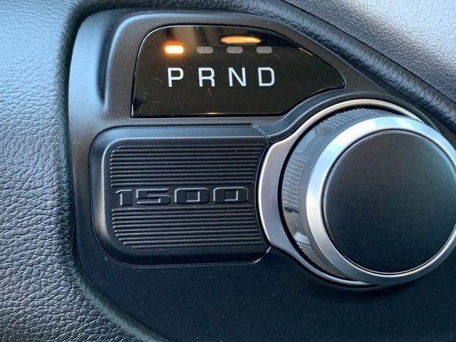 2019 Ram 1500 Crew Cab 4x2, Pickup #KN828382 - photo 12
