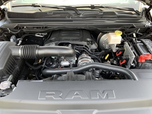 2019 Ram 1500 Crew Cab 4x2,  Pickup #KN828390 - photo 10